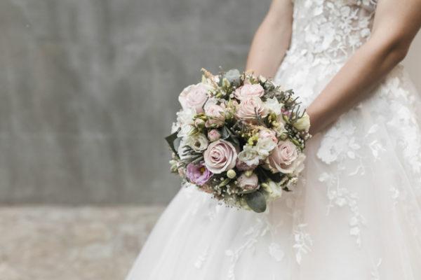 Il bouquet da sposa: fotografia del matrimonio