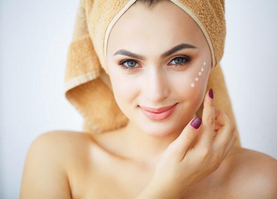 Bio peptidi nei cosmetici effetto anti-aging full face